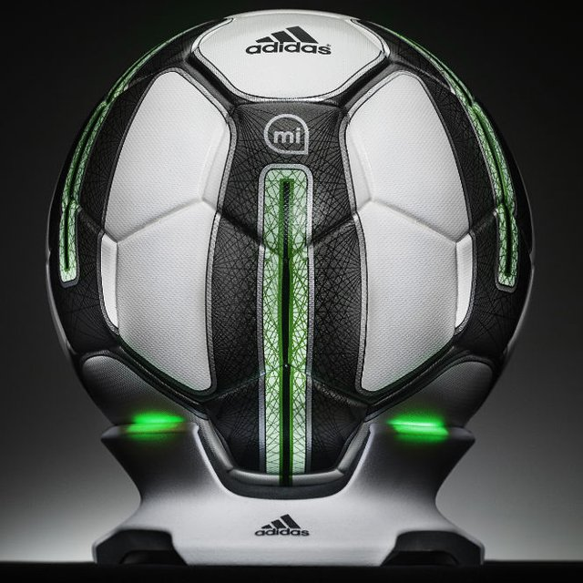 micoach-smart-soccer-ball-by-adidas-1
